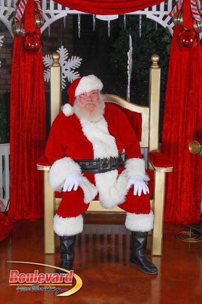 Santa 12-10-16-157.jpg