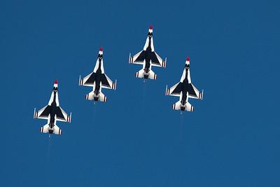 Thunderbirds 2012 California Capital Airshow