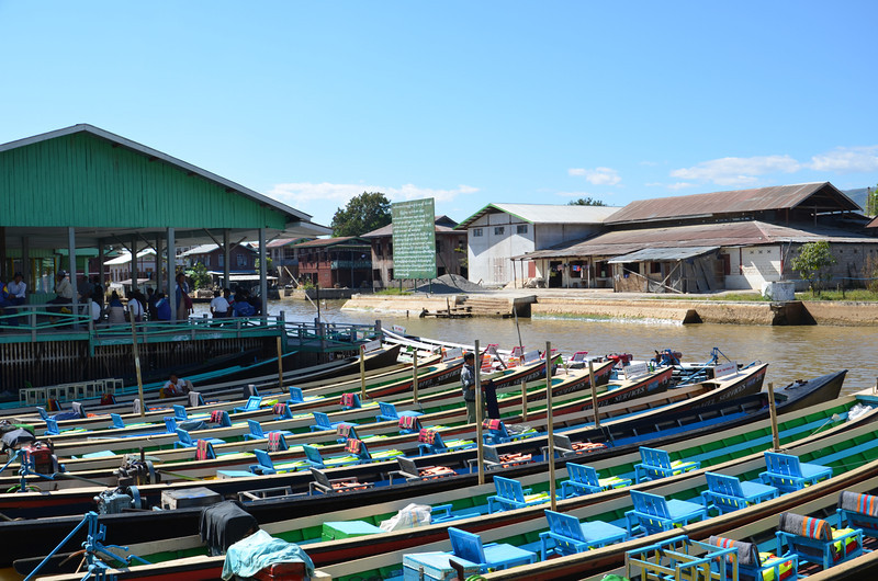 DSC_4218-tour-boats.JPG