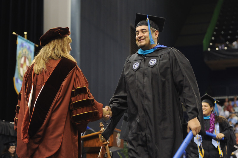 051416_SpringCommencement-CoLA-CoSE-0267-2.jpg