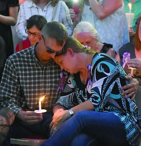 hundreds-attend-candlelight-vigil-for-spc-alex-missildine
