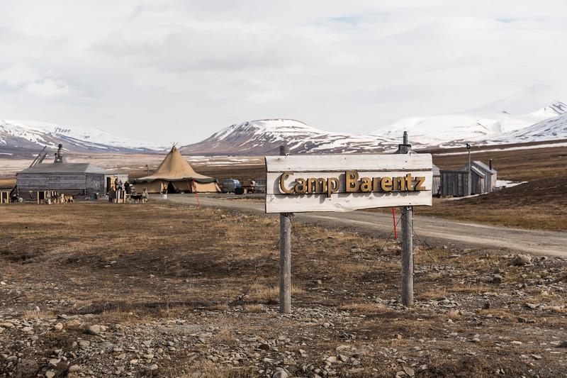 Inspirato-Arctic_Expedition18-02-Longyearbyen-0307.jpg