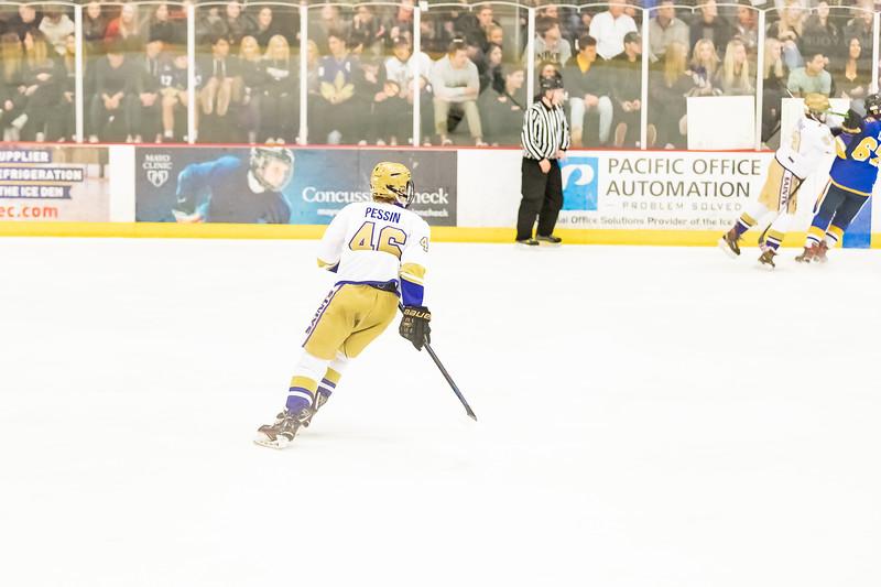 Div1 Hockey v DV-_08I9722.jpg