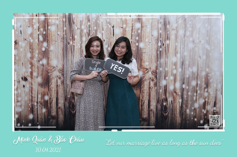 QC-wedding-instant-print-photobooth-Chup-hinh-lay-lien-in-anh-lay-ngay-Tiec-cuoi-WefieBox-Photobooth-Vietnam-cho-thue-photo-booth-031.jpg