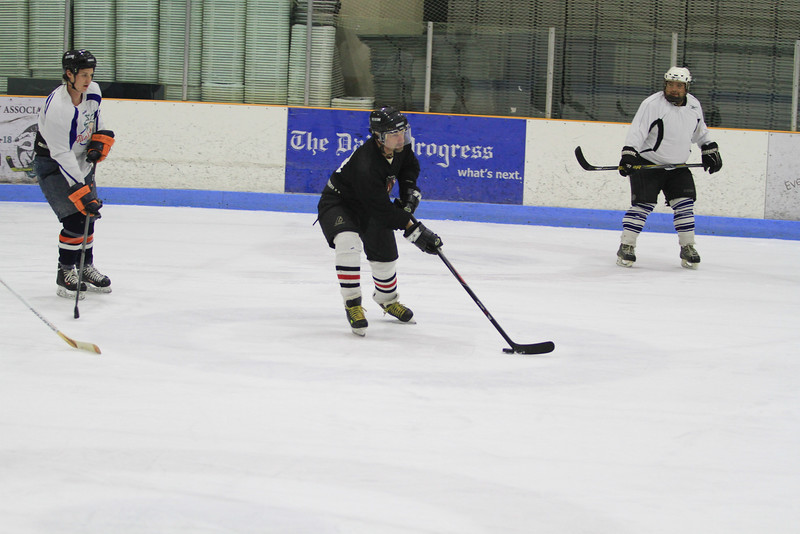 Memorial Hockey Game-84.jpg