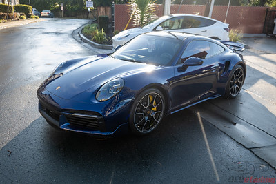 Porsche - 911 (992) Turbo S - Gentian Metallic Blue