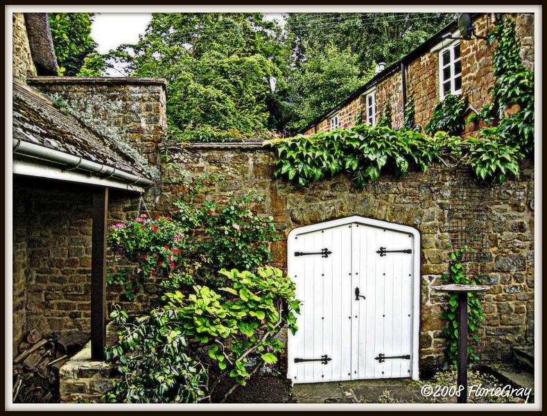 Summer Raingarden  ©2008 FlorieGray, Wroxton