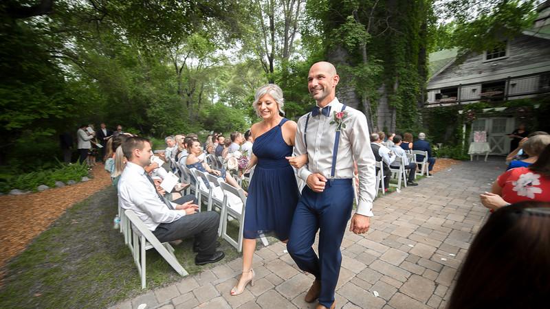 Garrett & Lisa Wedding (425).jpg