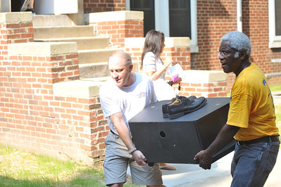 27769 WVU Evansdale Move In August 2011