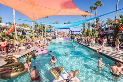 2018-03-03a Pool Party @ Surfcomber