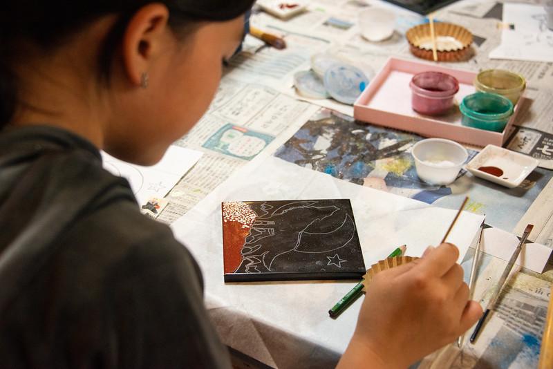 Visiting Artist-Urushi Workshop-YIS_2083-2018-19.jpg