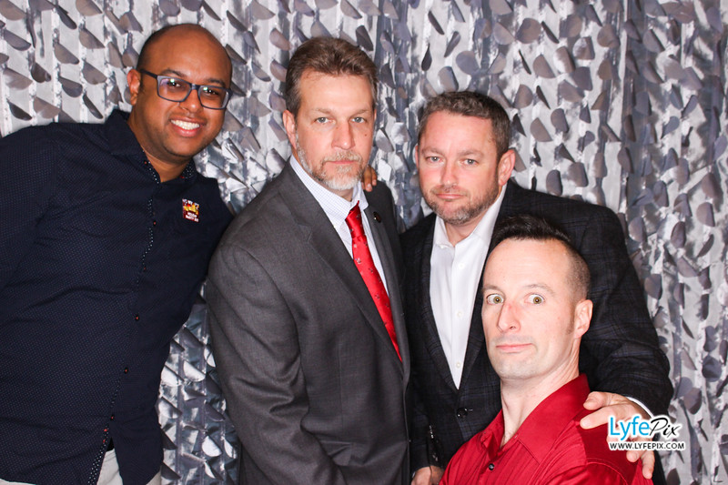 red-hawk-2017-holiday-party-beltsville-maryland-sheraton-photo-booth-0307.jpg
