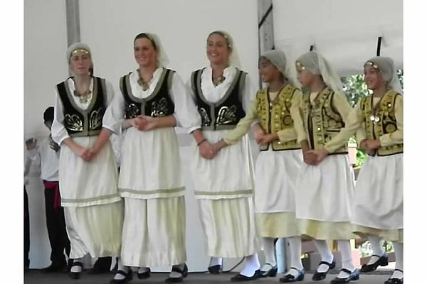 2012-08-19-HT-Greek-Dancers-in-Weirton_006.jpg