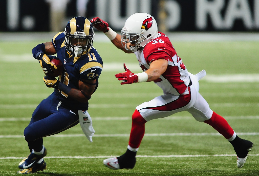 . Wide receiver Tavon Austin #11 of the St. Louis Rams catches against the Arizona Cardinals at the Edward Jones Dome on September 8, 2013 in St. Louis, Missouri.  (Photo by Michael Thomas/Getty Images)