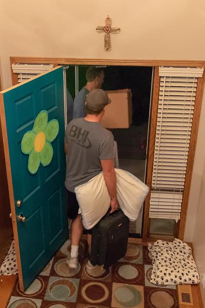 Cole moving 8-3-2018-5280.jpg