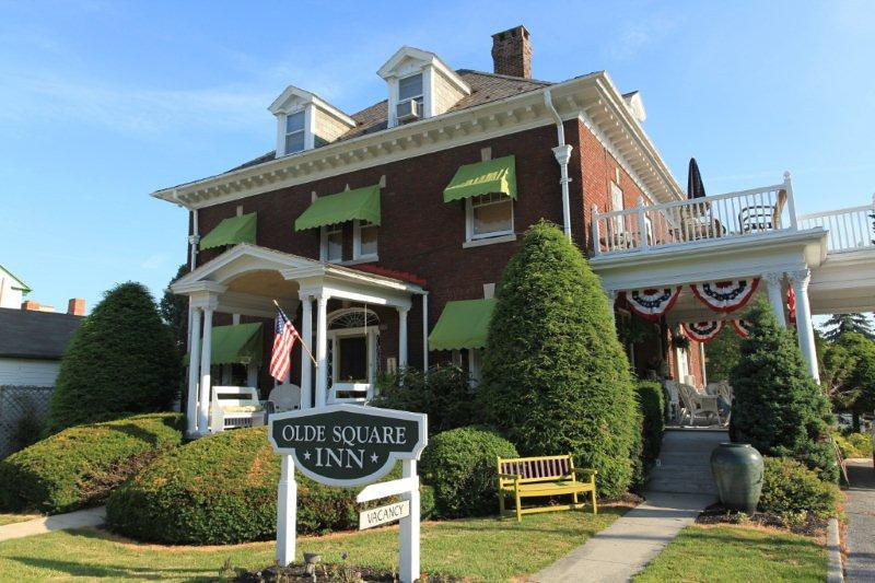 Olde Square Inn, Joy, PA