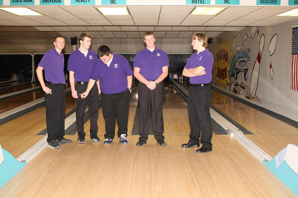 2006-07 HUBS BOWLING vs ROCKFORD CHRISTAIN + SENIOR NIGHT