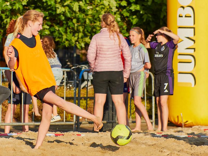 20170616 BHT 2017 Beachhockey & Beachvoetbal img 191.jpg