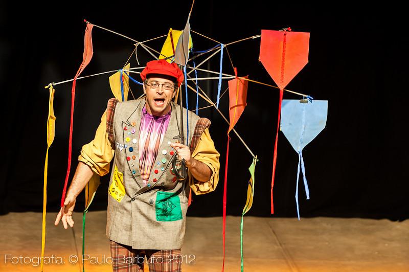 Circo Mínimo - João e o Pé de Feijão - maio 2012