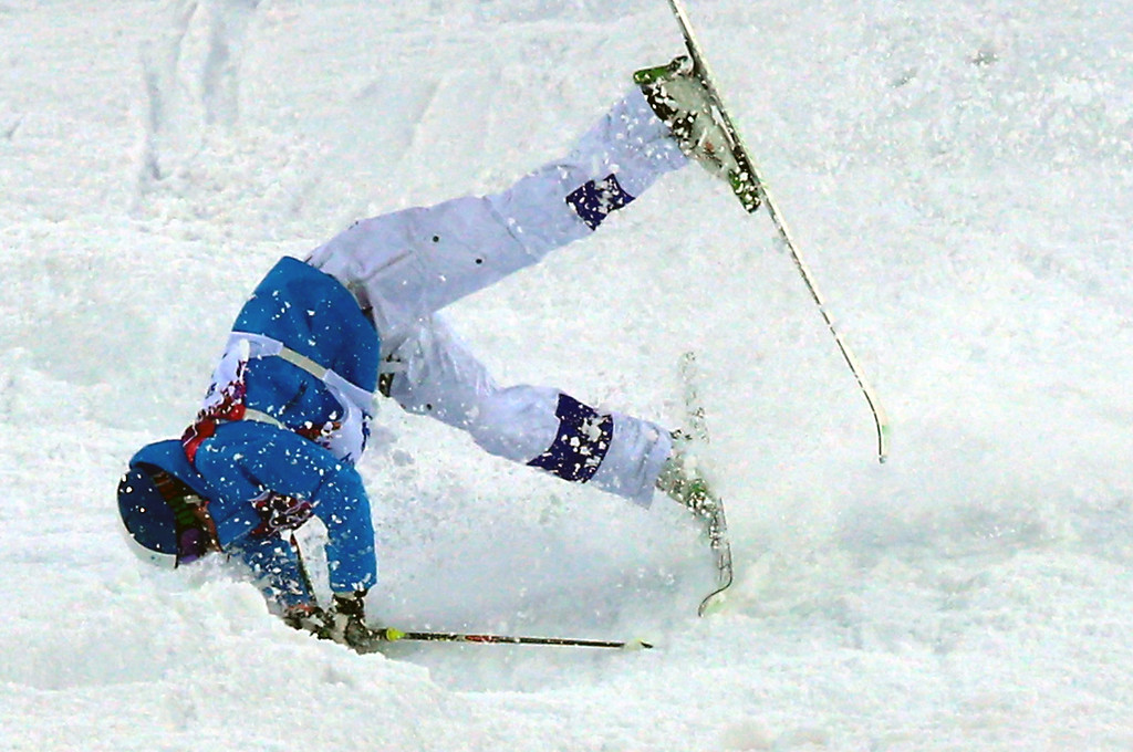 . Ville Miettunen of Finland crashes during  the Freestyle Skiing Men\'s Moguls Qualification 1 at the Sochi 2014 Olympic Games, Krasnaya Polyana, Russia, 10 February 2014.  EPA/JENS BUETTNER