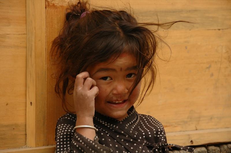 Nepalese Girl - Annapurna Circuit, Nepal