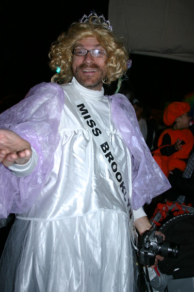 07.10.31 PSCC Halloween Parade 059.jpg