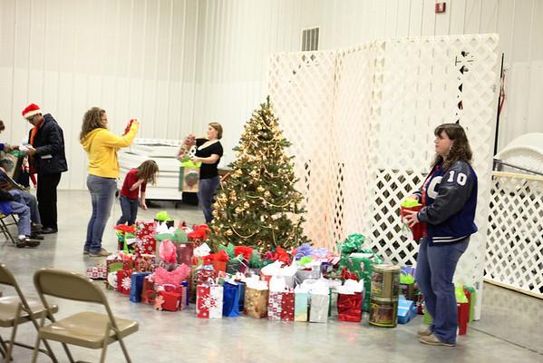 2009 Christmas Exchange Gift Night