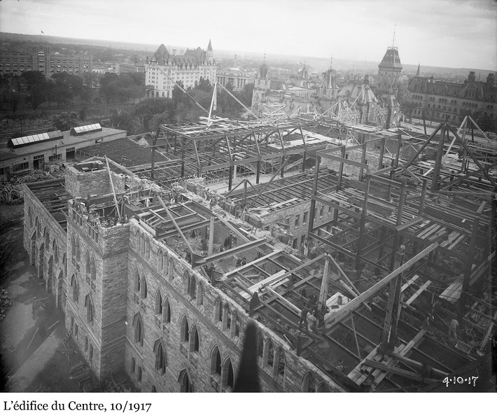 Centre Block - L'édifice du Centre, 10/1917