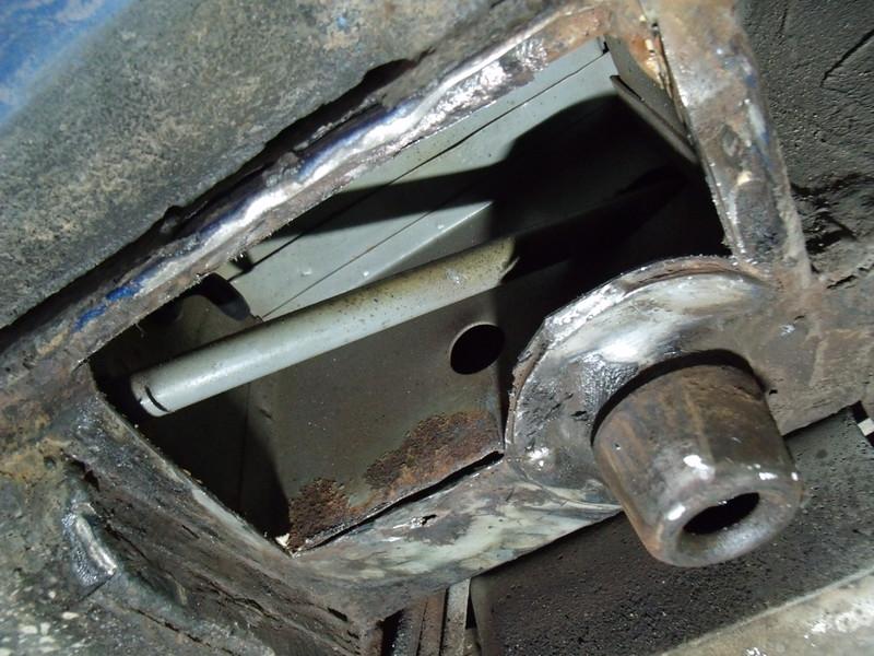 LH N/S Rear jacking point/ sill seam repair