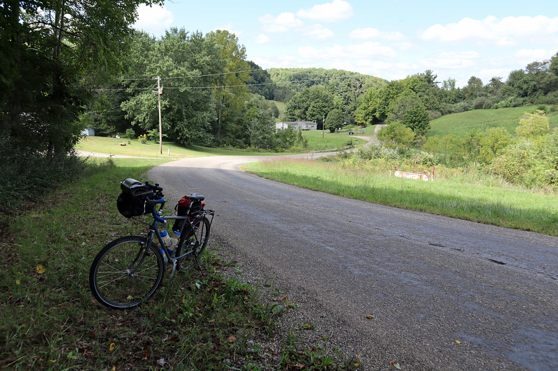Looking back as I started the first climb out of the Tuscarawas River valley.