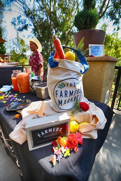 Farmers Market -11.JPG
