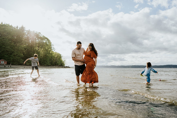 Low Tide Family Adventure Session | Family Photographer