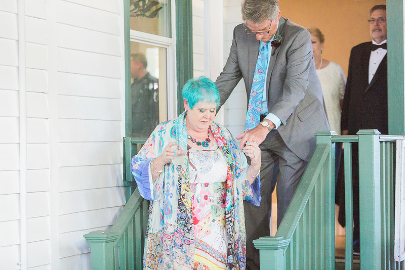 ELP1022 Stephanie & Brian Jacksonville wedding 2108.jpg