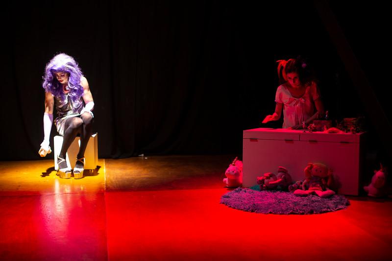 Allan Bravos - essenCIA Teatro - Persona 07-185.jpg