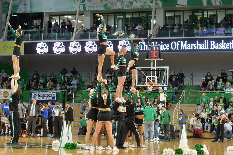 cheerleaders4716.jpg