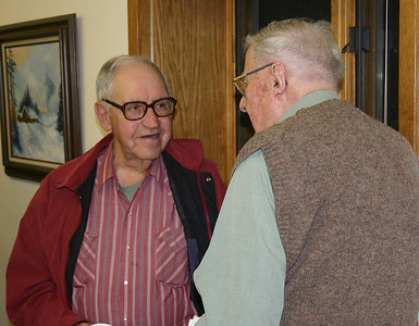 That's Joe Picasso on the left.  If you can identify the gent with whom he's talking, drop us an e-mail.  Thanks.