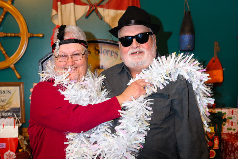 20161210 CMDS Christmas Party-7342-2.jpg