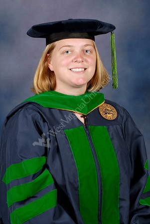 25390 Individual portraits of Graduates