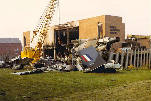 XV339 Crash, 01.jpg