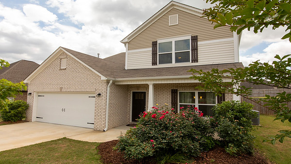 181 Glen Cross Cir, Trussville