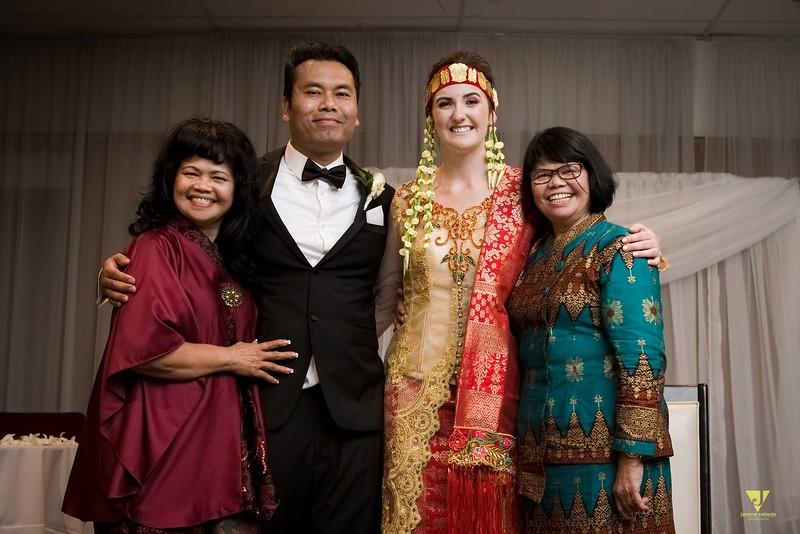 Wedding of Elaine and Jon -719.jpg