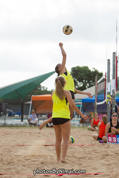 APV_Beach_Volleyball_2013_06-16_9128.jpg