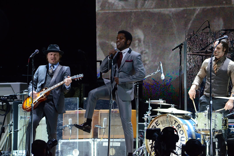 the who and vintage trouble 018.JPG