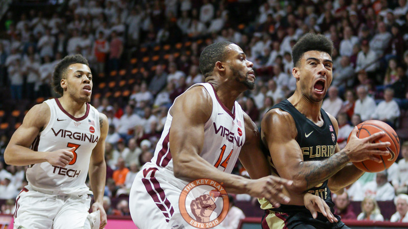 P.J. Horne attempts to defend a Florida State fast break in the first half. (Mark Umansky/TheKeyPlay.com)