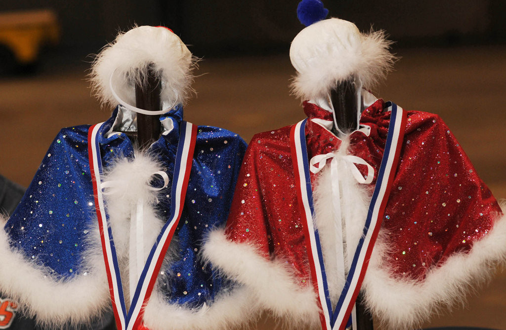 ". Tiny capes and hats await the winners of the ""King Cat\"" and \""Queen Cat\"" competition at the Saintly City Cat Club\'s 38th Annual Championship Cat Show. (Pioneer Press: Scott Takushi)"
