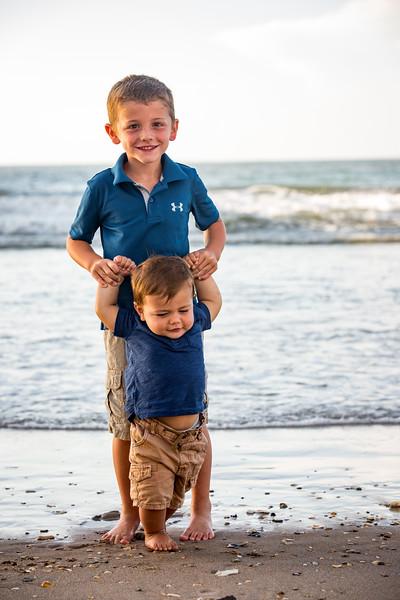 Family beach photos-152.jpg