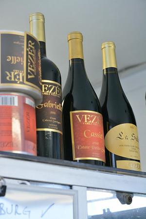 PHOTOS FROM BOTTLING AT VEZER