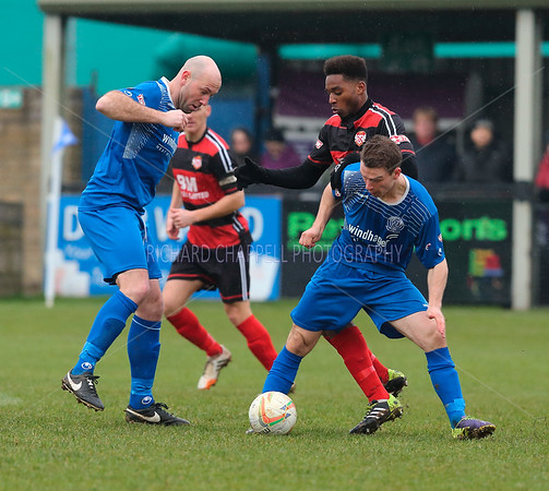 CHIPPENHAM TOWN V KETTERING TOWN MATCH PICTURES 13th Feb 2016