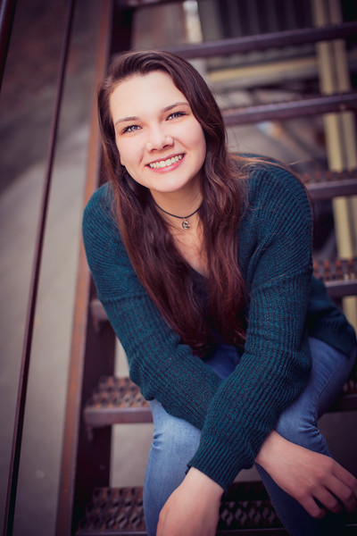 Beautiful Senior Portraits in Naperville and Aurora areas