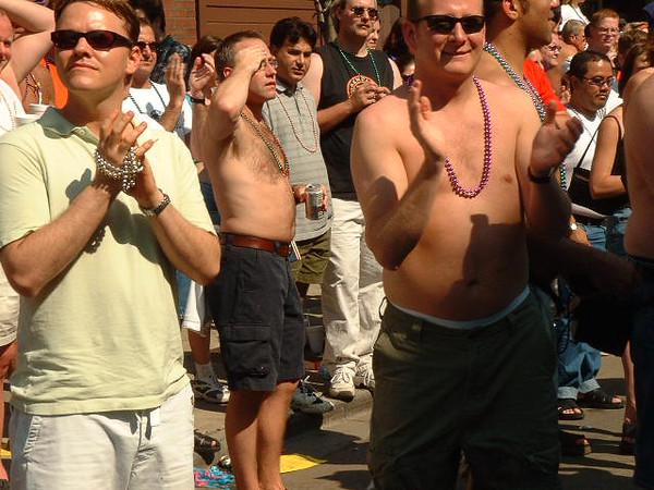 Pride Parade 2001-71-1.jpg